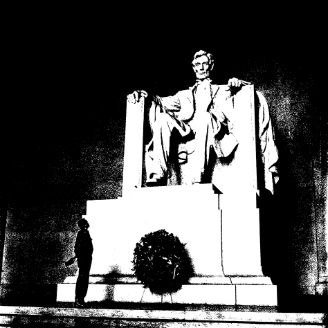alberto_korda_david_and_goliath_abraham_lincoln_memorial_washington_sunday_april_19_1959_z-copy